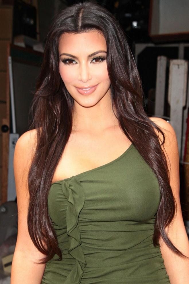 欧美街拍  Kim Kardashian的魔鬼身材[16P] 街拍第一站全网原创独发!