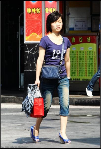 个 性 坡 跟  <<高守摄影>> 少 女  、牛仔短裤、坡跟    11P 街拍第一站全网原创独发!