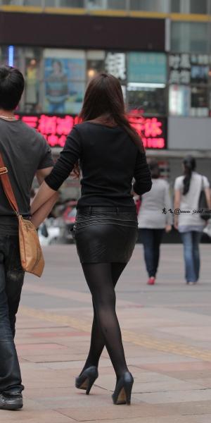 kofeezhao街拍  kofeezhao-黑色皮裙  黑 丝  黑高跟[10P] 街拍第一站全网原创独发!