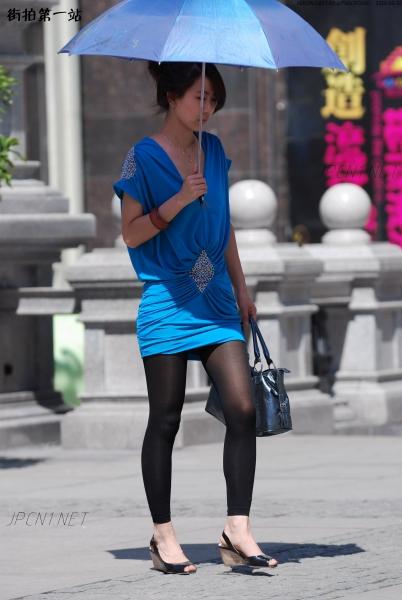 个 性 坡 跟  提花阳伞、蓝连衣裙、黑九分裤、坡跟鱼嘴凉鞋-14P 街拍第一站全网原创独发!