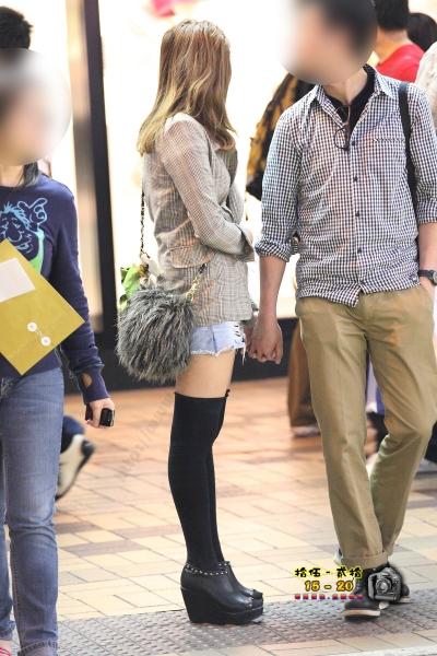 香港街拍  【1520系列 - 第二百五十三辑】 白腿 黑長襪的人 ..... (9P) 街拍第一站全网原创独发!