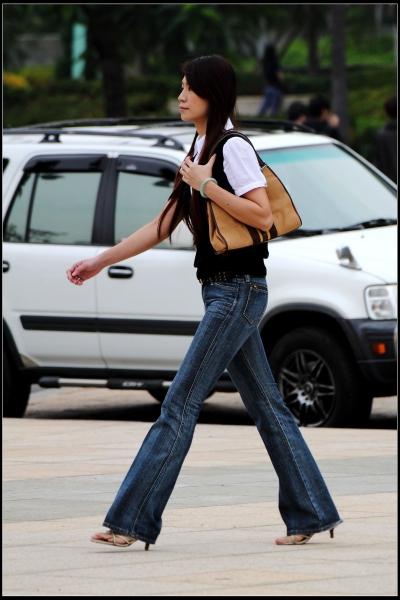 云游四方街拍  年底清库存3---牛仔裤!【15P】 街拍第一站全网原创独发!