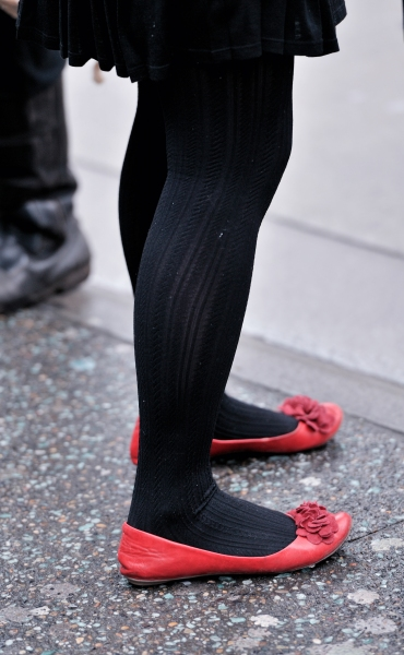 平底帆布  【antenna】街头冬时尚之两组平底鞋 10p 街拍第一站全网原创独发!