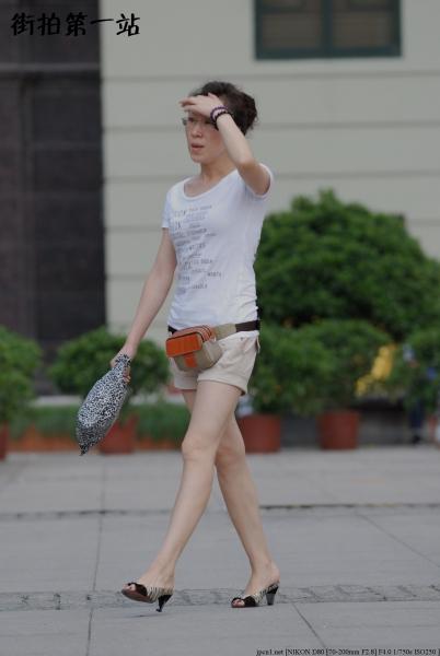 热 裤 美 女  2184-6p 街拍第一站全网原创独发!