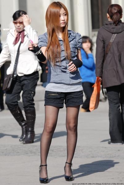 魅 丽 瞬 间  初春·泡泡 黑 丝 2 街拍第一站全网原创独发!