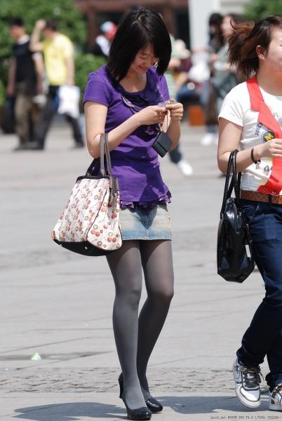 皮 裤 长 靴  质感灰丝高跟+ 黑 丝 长靴-4-37P 街拍第一站全网原创独发!