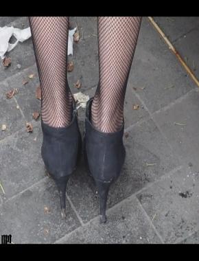 美 腿 视频  cctvb出品 细黑网丝之特写美腿 街拍第一站全网原创独发!