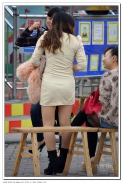 女大学生街拍  2012-541 包TUN  肉 丝 与热牛 黑 丝 ! 【27P】 街拍第一站全网原创独发!