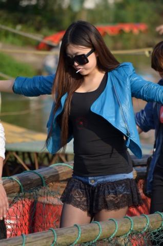 女大学生街拍  2012-579 超短 黑 丝 美XIONG 萝莉(3)【17P】 街拍第一站全网原创独发!