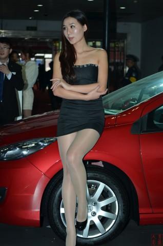 女大学生街拍  2013-009 车展丝腿2【14P】 街拍第一站全网原创独发!