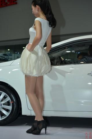 女大学生街拍  2013-013  肉 丝 车模(2)【14P】 街拍第一站全网原创独发!