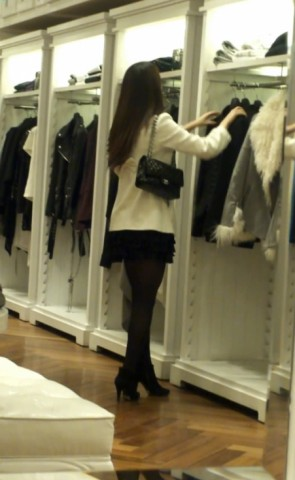 丝 袜 视频  极品 黑 丝 短裙 美 女 ,她还是模特哦 街拍第一站全网原创独发!