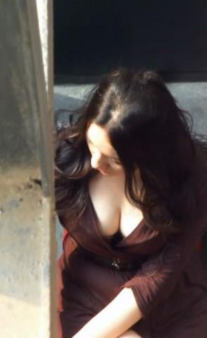 美 女 视频  丰满的短裙高跟 美 女 ,乳此诱人 街拍第一站全网原创独发!