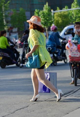 早期街拍作品  【痞作】 肉 丝 短裙(8P) 街拍第一站全网原创独发!