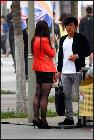 早期街拍作品  黑色包TUN 裙, 黑 丝 !【18P】 街拍第一站全网原创独发!