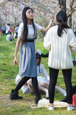 [权限要求:一年期VIP及以上]  【摄郎NO1】女汉子掰闺蜜(20P) 街拍第一站全网原创独发!