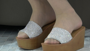 名门夜宴视频    美 女 的肉 丝 袜 晶莹剔透1(145) 街拍第一站全网原创独发!