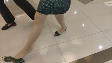 洗面奶视频  波点套装丝 袜美 女试穿凉高[03:03] 街拍第一站全网原创独发!