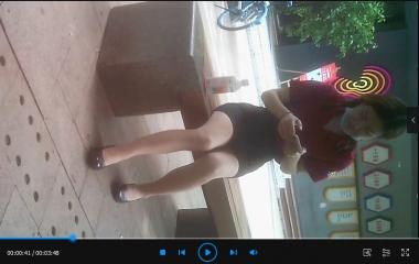 苏大熊视频  薄肉 丝坐在石凳上乘凉(3分48秒) 街拍第一站全网原创独发!