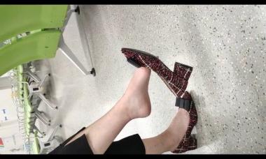 爱在provence视频  大幅度挑鞋5分48秒 街拍第一站全网原创独发!