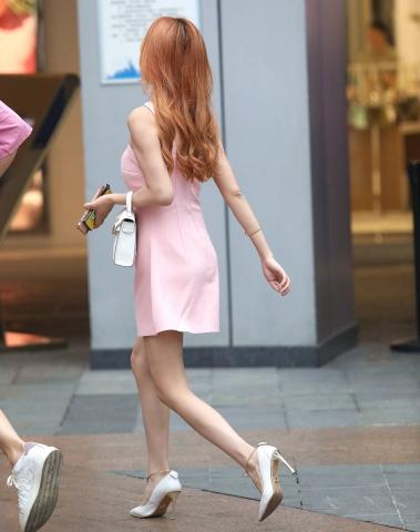 【珏一笑而过】诱惑粉裙高跟** - 街拍图片发布- 街拍第一站