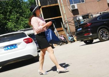 肉 丝凉高熟女【12P】 - 街拍精品月赛- 街拍第一站