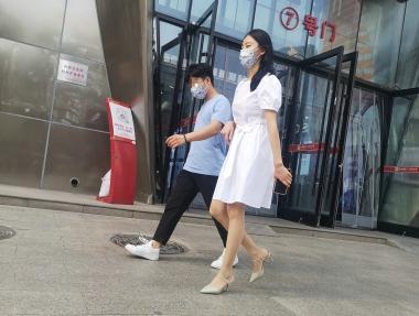 jiejie136--白衣高挑美 女【14P】 - 街拍精品月赛- 街拍第一站