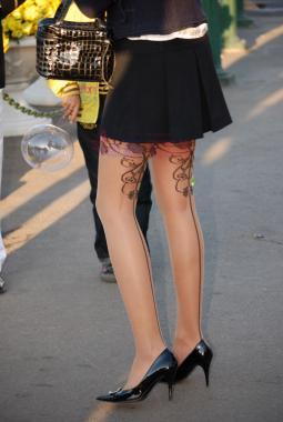 OL 制 服  766-俄罗斯长腿印花 肉 丝 细高跟纯 美 女 C-9P 街拍第一站全网原创独发!