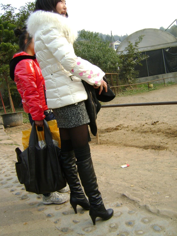 皮 裤 长 靴  甜甜美眉的长靴 黑 丝 短裙【10P】 街拍第一站全网原创独发!