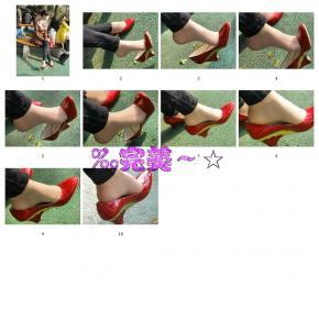 个 性 坡 跟  〖‰完美~☆〗穿红色坡跟鞋的 少 妇  肉 丝 脚挑鞋能看见脚趾缝[10P] 街拍第一站全网原创独发!