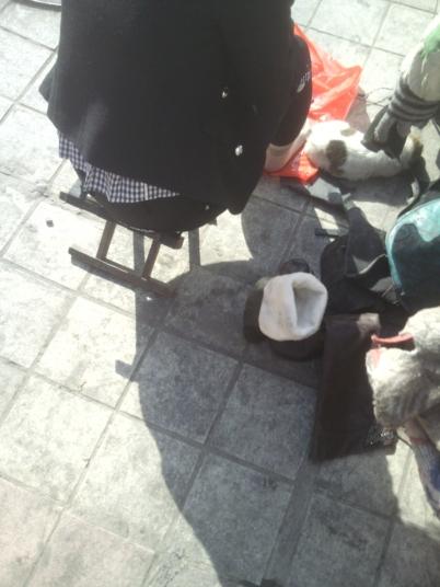 修 鞋 擦 鞋  修鞋摊的短 肉 丝 MM(9P) 街拍第一站全网原创独发!
