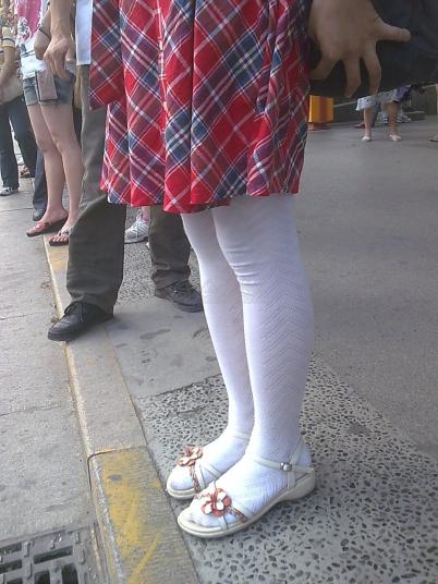 街拍棉袜  【如影随形】白色棉袜萝莉学生妹[10P] 街拍第一站全网原创独发!