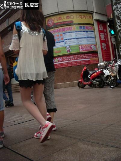 平底帆布  【铁皮哥】2012新年第一帖!帆布鞋粉红 肉 丝 【7P】 街拍第一站全网原创独发!