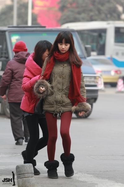 学生妹  【JSH】20120205牛奶肤色,红丝小妹[19P] 街拍第一站全网原创独发!