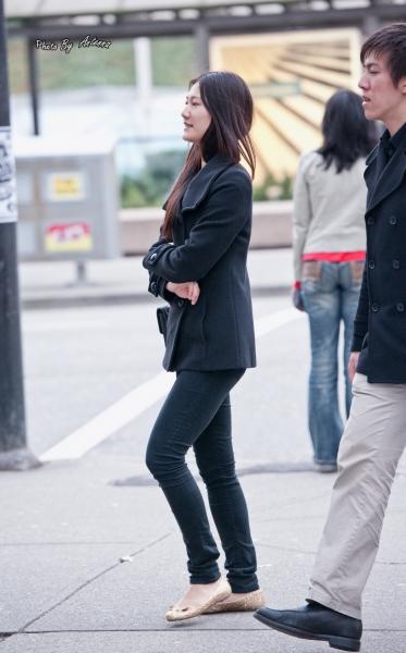 平底帆布  寒冬街头时尚之铅笔裤搭配平底鞋平淡简单的美 9p 街拍第一站全网原创独发!