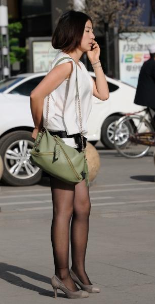 冰山暖儿街拍  春季街拍---气质黑丝短裙高跟妹妹(16P) 街拍第一站全网原创独发!