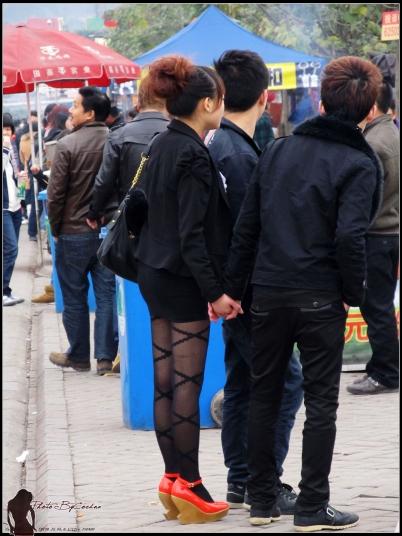 OL制服  2012-39 OL小西装,斜纹黑线,精致红鞋 【15P】 街拍第一站全网原创独发!