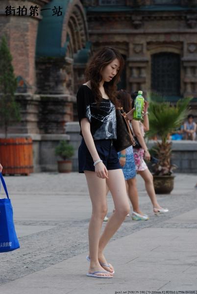热 裤 美 女  2183-9p 街拍第一站全网原创独发!