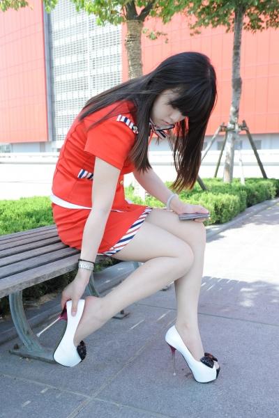 空 姐 风 采  [龙翔九天2012新作]肉色 丝 袜 红色空姐换鞋过程大写真! (25P) 街拍第一站全网原创独发!