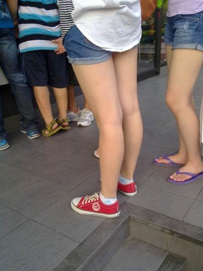 街 拍 棉 袜  手机 原创 裸腿棉袜帆布鞋【8P】 街拍第一站全网原创独发!
