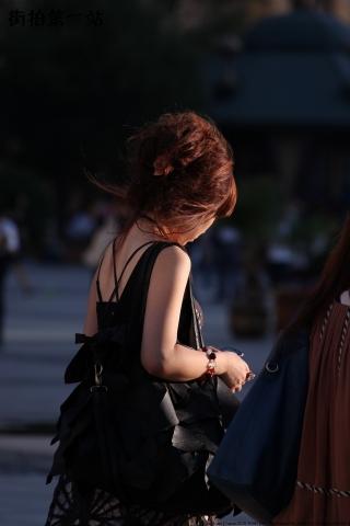 短 裙 美 女  2869-3P 街拍第一站全网原创独发!