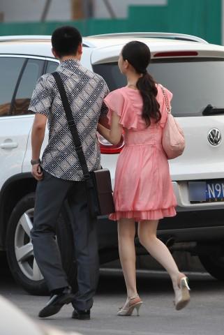 早期街拍作品  【山川圭】粉红裙优雅妹妹(10P) 街拍第一站全网原创独发!