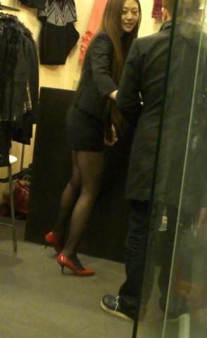 丝 袜 视频  红色高跟 黑 丝 袜  美 女 街拍第一站全网原创独发!