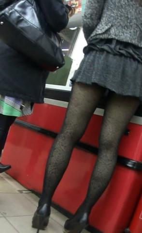 丝袜视频  超市偶遇极品超短裙黑丝美女 街拍第一站全网原创独发!