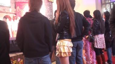 展 会 视频   美 女 的 肉 丝 美腿高跟真 . 街拍第一站全网原创独发!