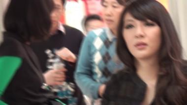 展 会 视频   又时尚的豹纹打底裤MM 街拍第一站全网原创独发!