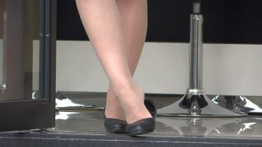 丝 袜 挑 鞋 视频  cctvb出品 高清1920x1080大作之65(66MB) 街拍第一站全网原创独发!