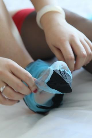 极品图片超市  阿娇款 绿松石黑袜口中缝(Bleu turquoiseNoir)[25P] 街拍第一站全网原创独发!