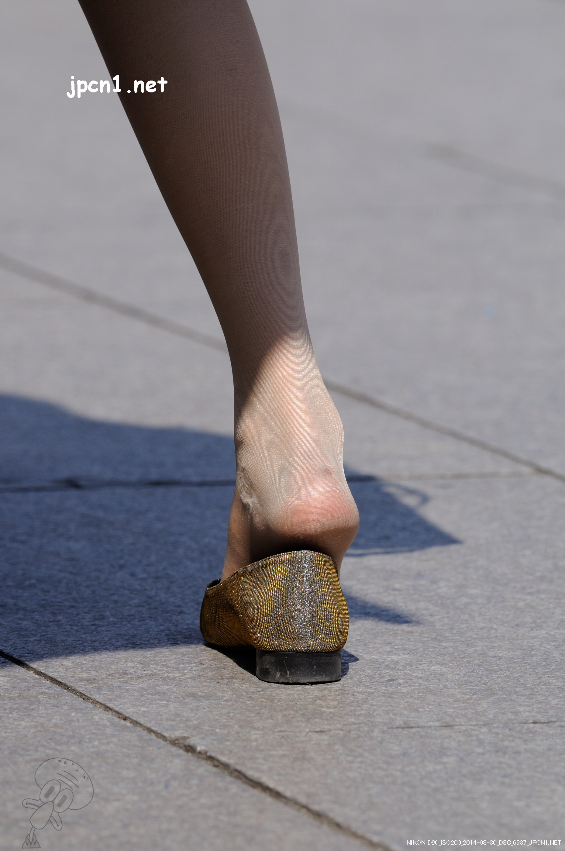 掉色的金单鞋、肉丝-14张 - VIP街拍图片发布- 街拍第一站