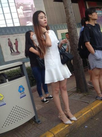 徐香街拍  参赛+超级白嫩玉足+丝袜美女18P 街拍第一站全网原创独发!